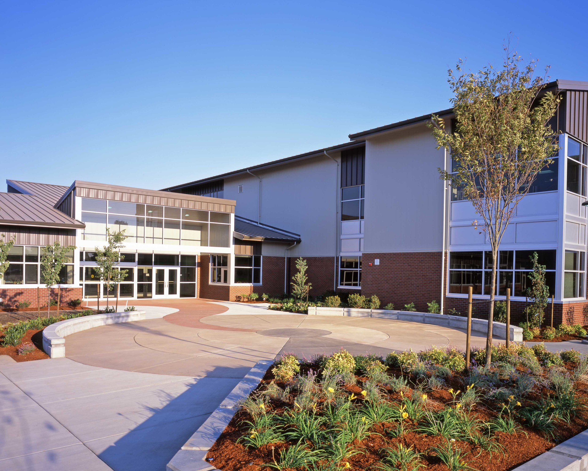 CAL YOUNG MIDDLE SCHOOL