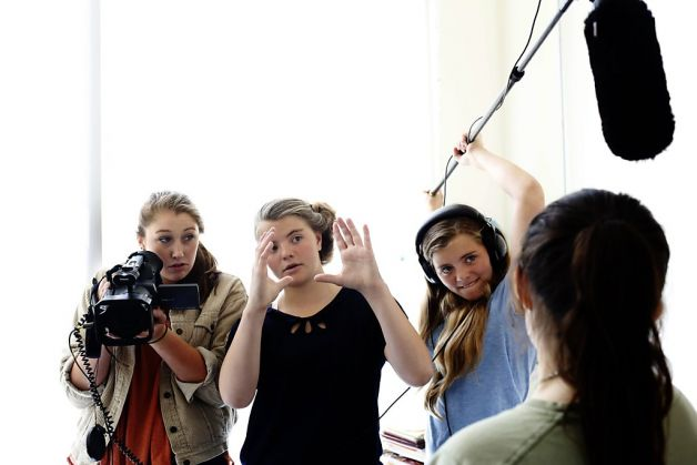 Liiy Cunningham, center, pictures a shot with Daryl Fallon, left, and  Meave Cunningham, right, during a day of shooting their films for the  San Francisco Film Society's Young Filmmakers Camp at the University  High School in San Francisco, Calif. on July 17, 2013. 							Photo: Ian C. Bates, The Chronicle