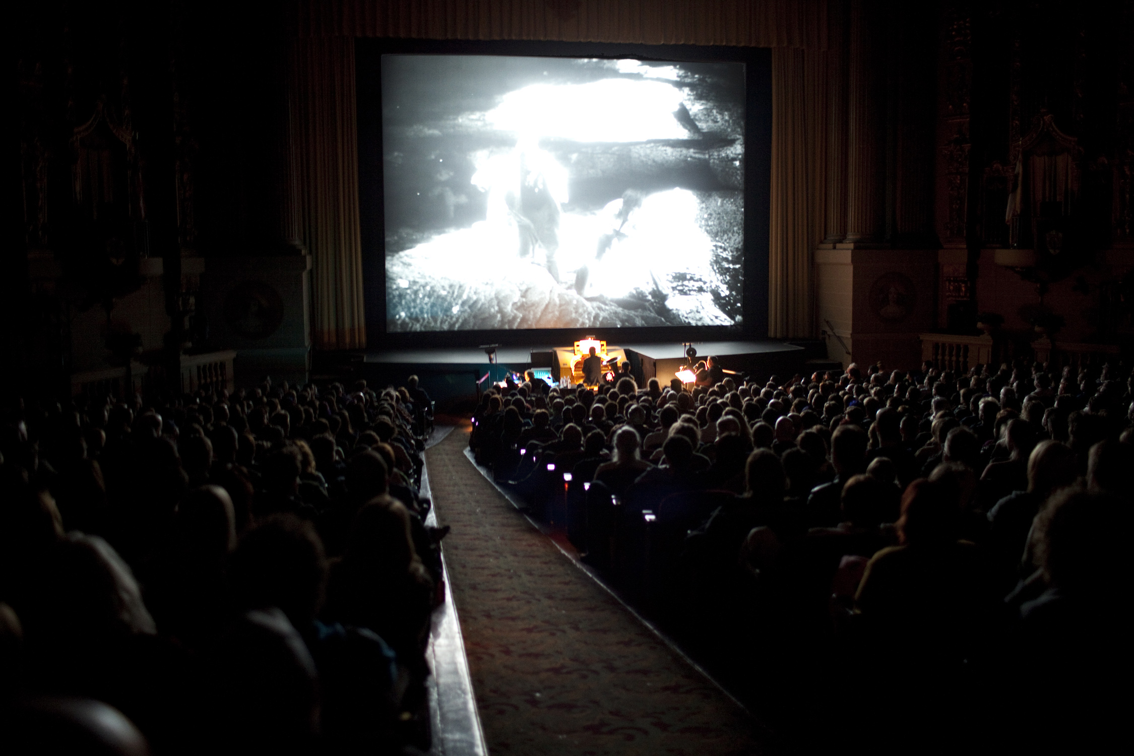 Stephin Merritt performing live to a screening of Stuart Paton's 20,000 LEAGUES UNDER THE SEA at SFIFF53. Photo: Pamela Gentile