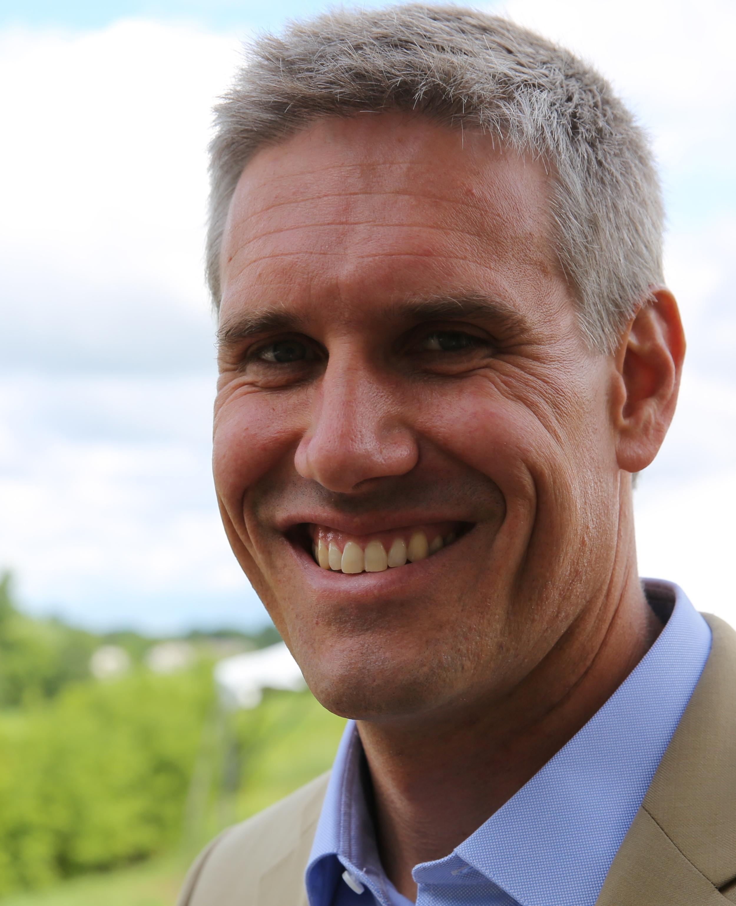 Robert Thomas, producer