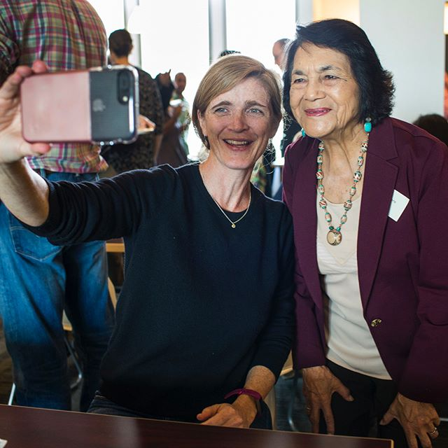 Thank you for always pushing us forward and never giving up! Labor leader, civil rights activist @DoloresHuerta and #Obama's former UN Ambassador @SamanthaJPower at Doc Stories.  #doloreshuerta #samanthapower