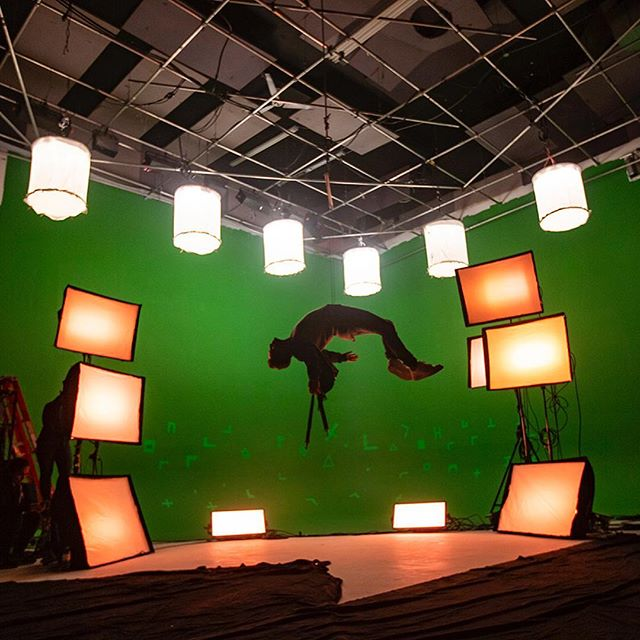 Here are some behind the scenes photos from the @jonasblue production. Shooting green screen isn't always my favorite but getting to do things like hanging Jonas from the ceiling is super fun.  Thanks again to our amazing crew: @mollywillows @ianstagrm @milavictoria.cr2 @caitliniswright @joannabisxo  @shortcircuit15 @quentin.deronzier @c0rsac  And the rest that aren't on Instagram 😉 📷 by @shereenmroueh A @wovecollective production