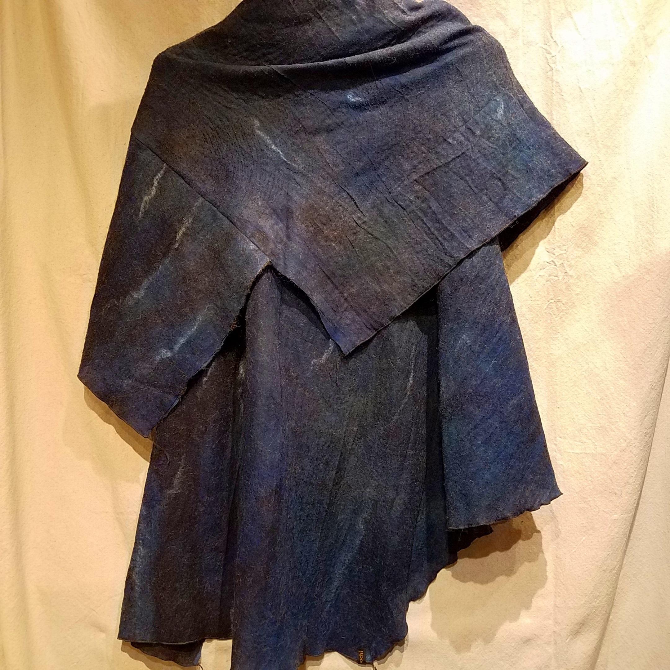 Origami BBG1143 (back) $485