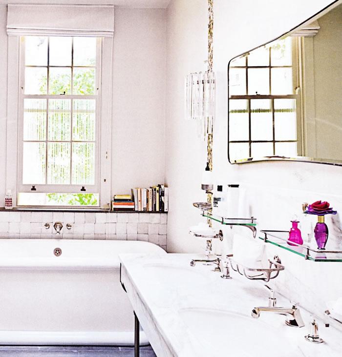 90c02-glamorousbathroomwithpinkbottles.jpg