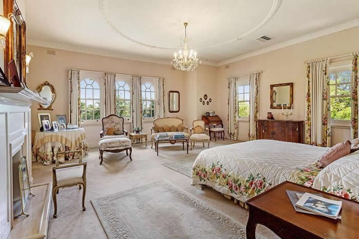 bedroom in 1930s house toorak