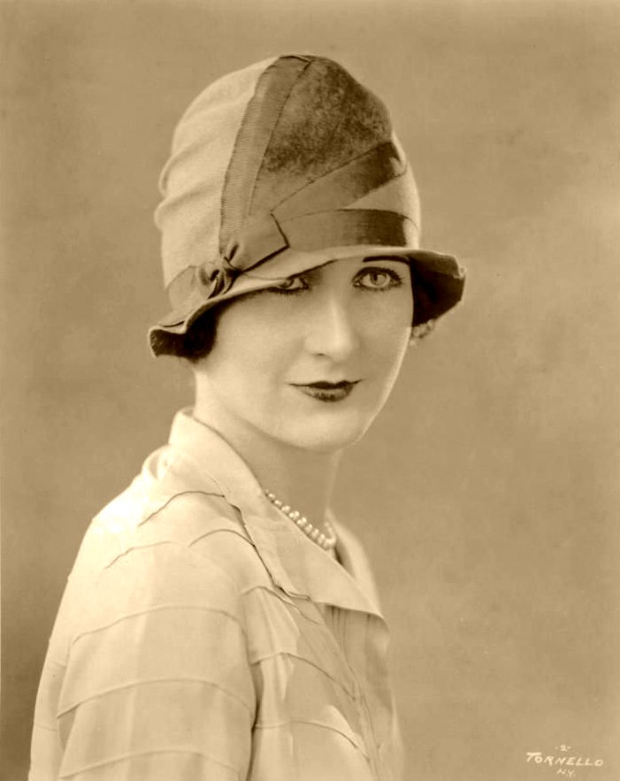 millinery-research-allianceinc-ny-1926-photo-by-salvatore-tornello