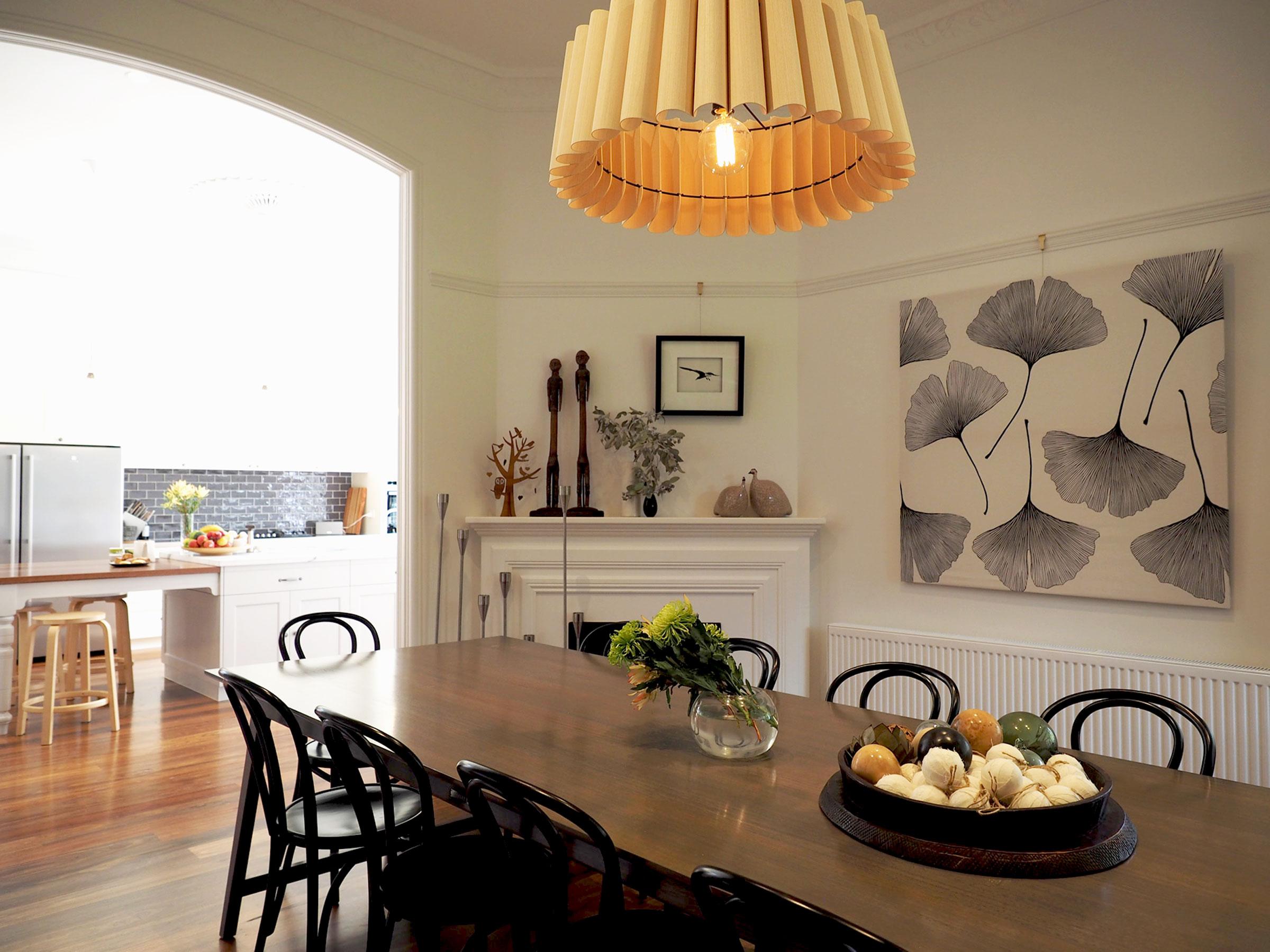 DINING-ROOM-WITH-WEP-LIGHT.jpg