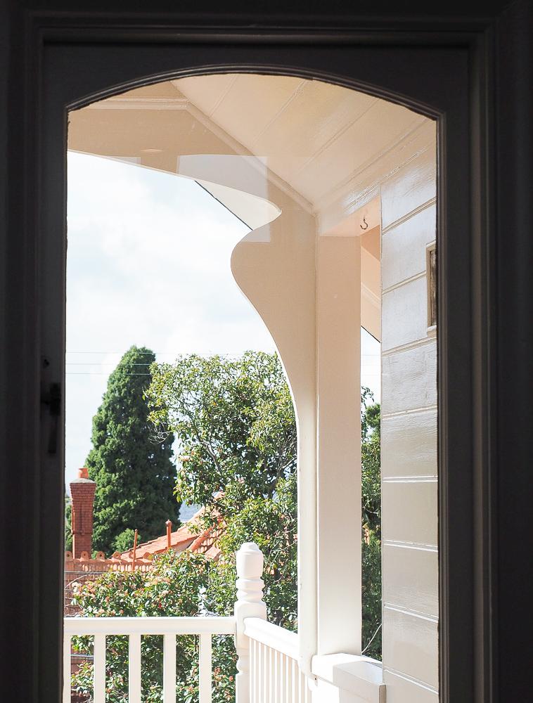 art-nouveau-influences-attic-villa-edwardian.jpg