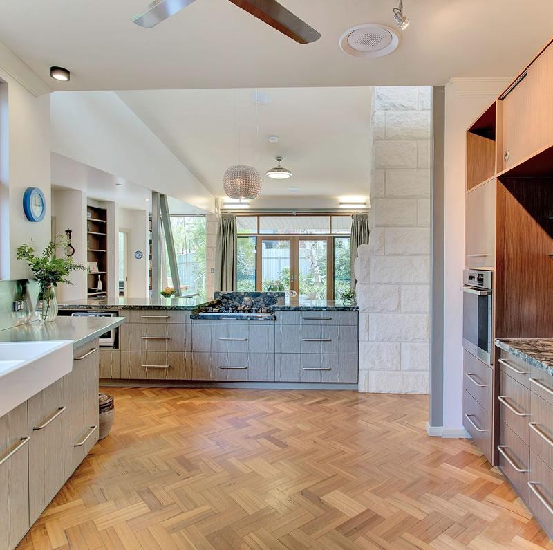 kitchen+parquet+floor+blue+fruit.jpg