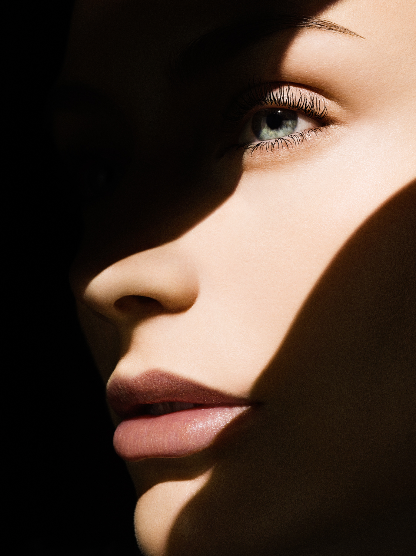 mac-cosmetics-10.jpg
