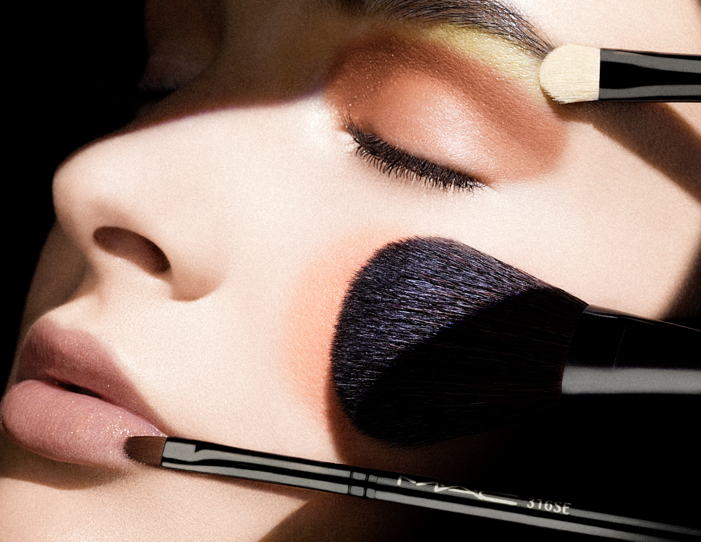 mac-cosmetics-11.jpg