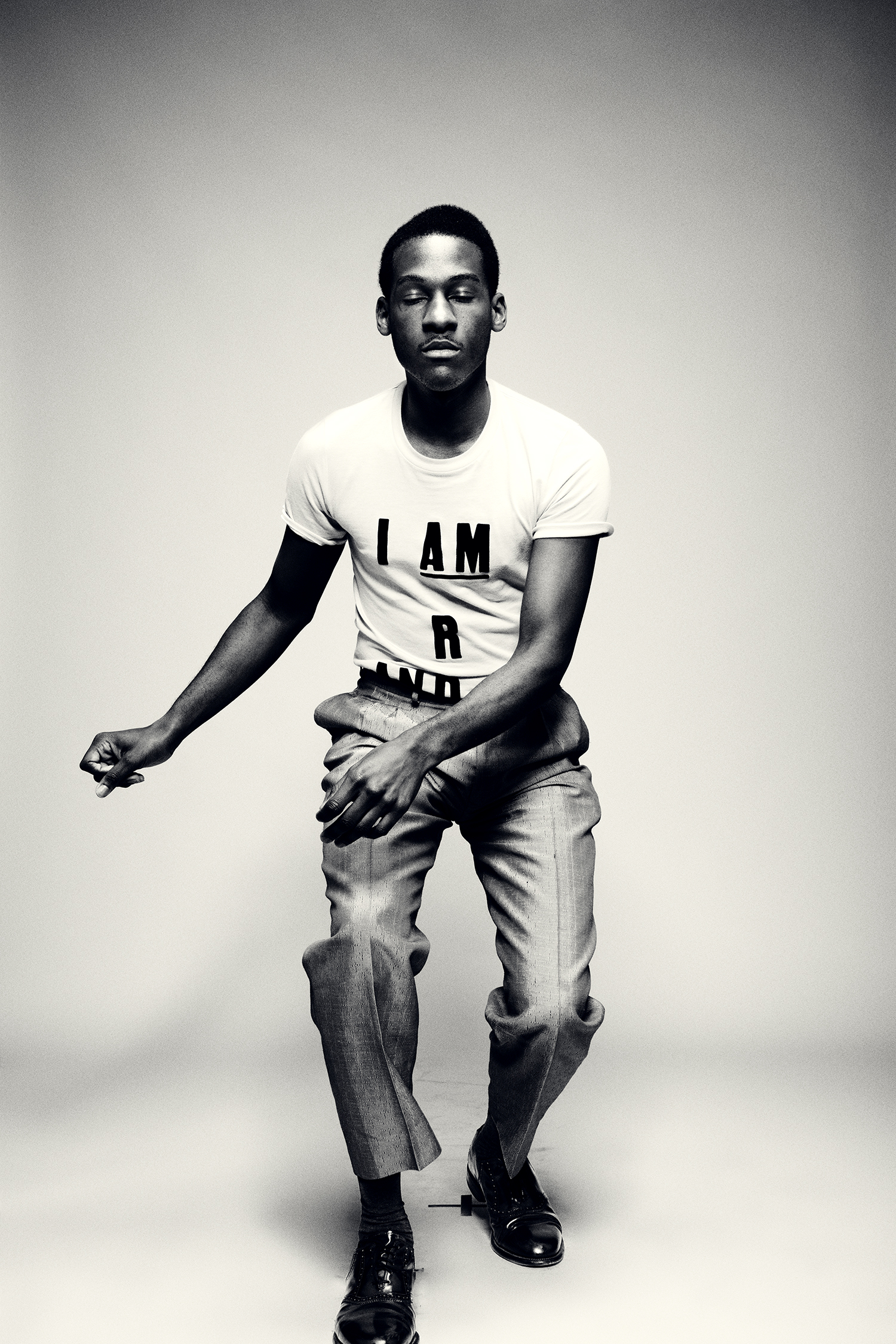 leon-bridges-oct2015-shot1-94.jpg