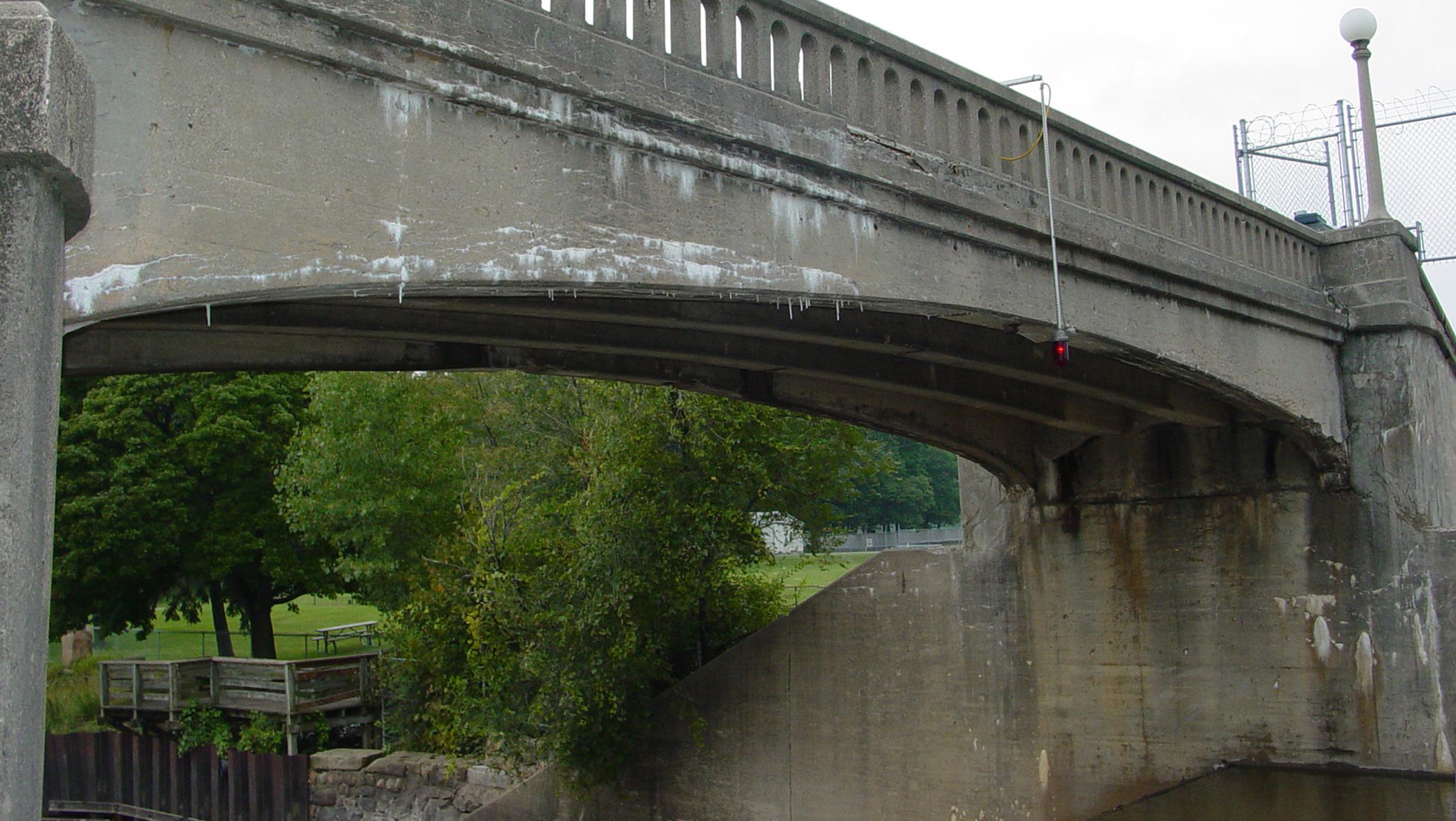 West span beam - before