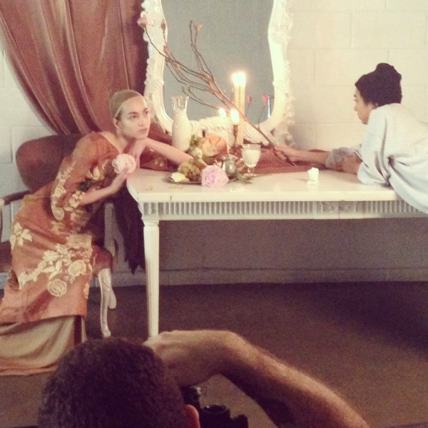 My assistant Kat and Stephanie from Richards Models both doing what they do best