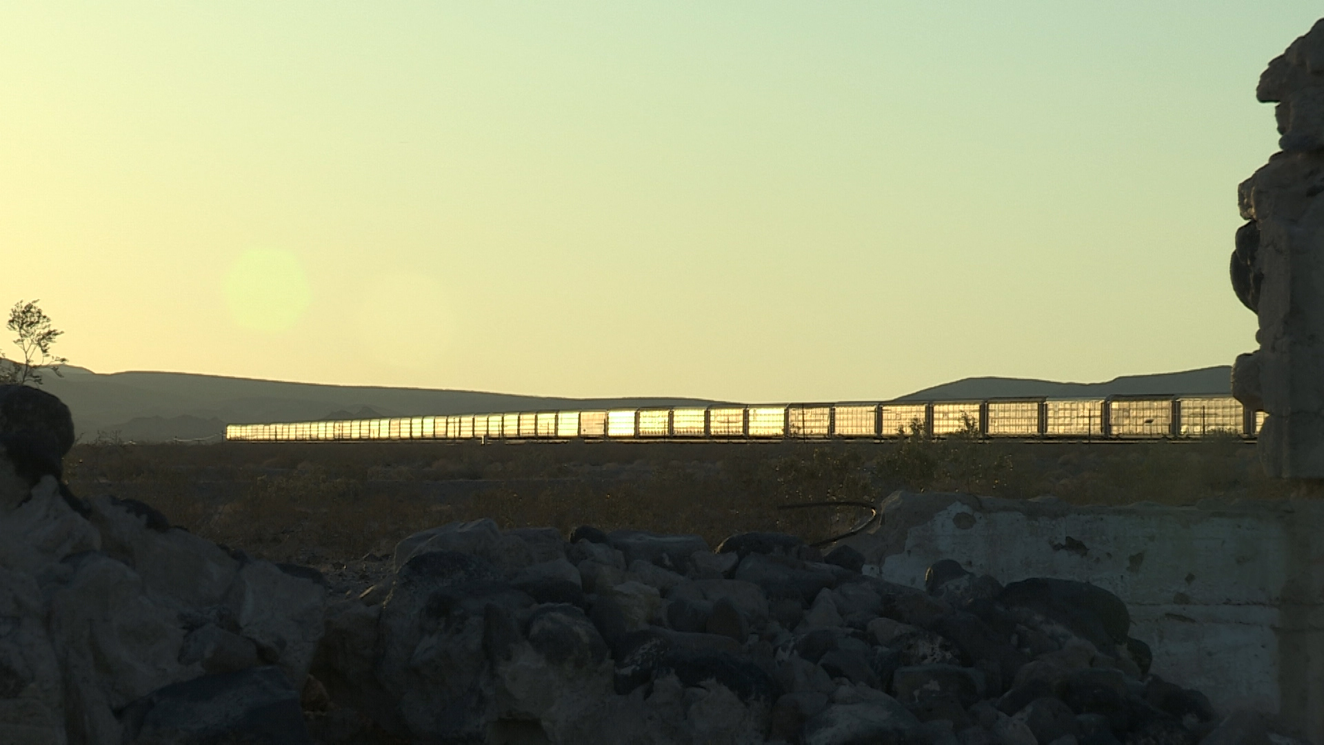 10-Siberia Rack Train Glint.jpg