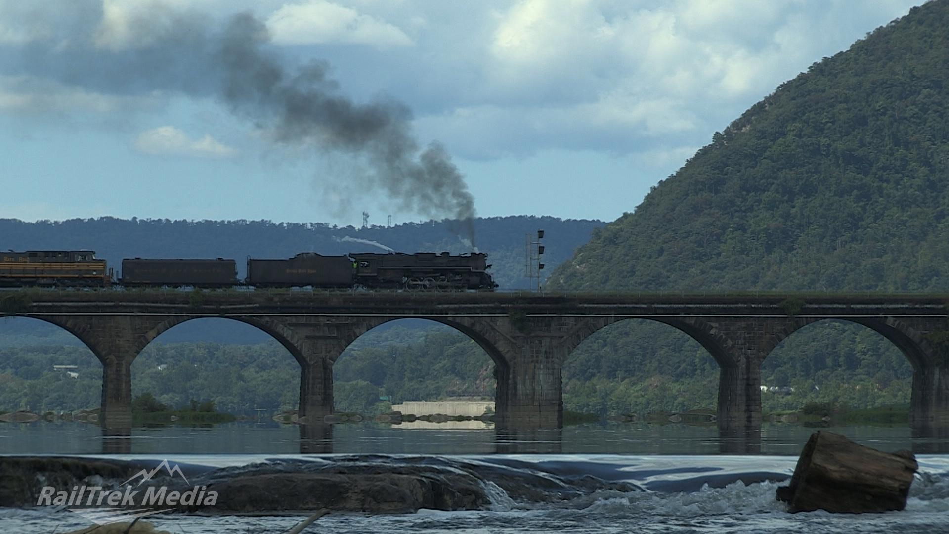8.18.12 NKP765 Rockville Bridge Rapids 2.jpg