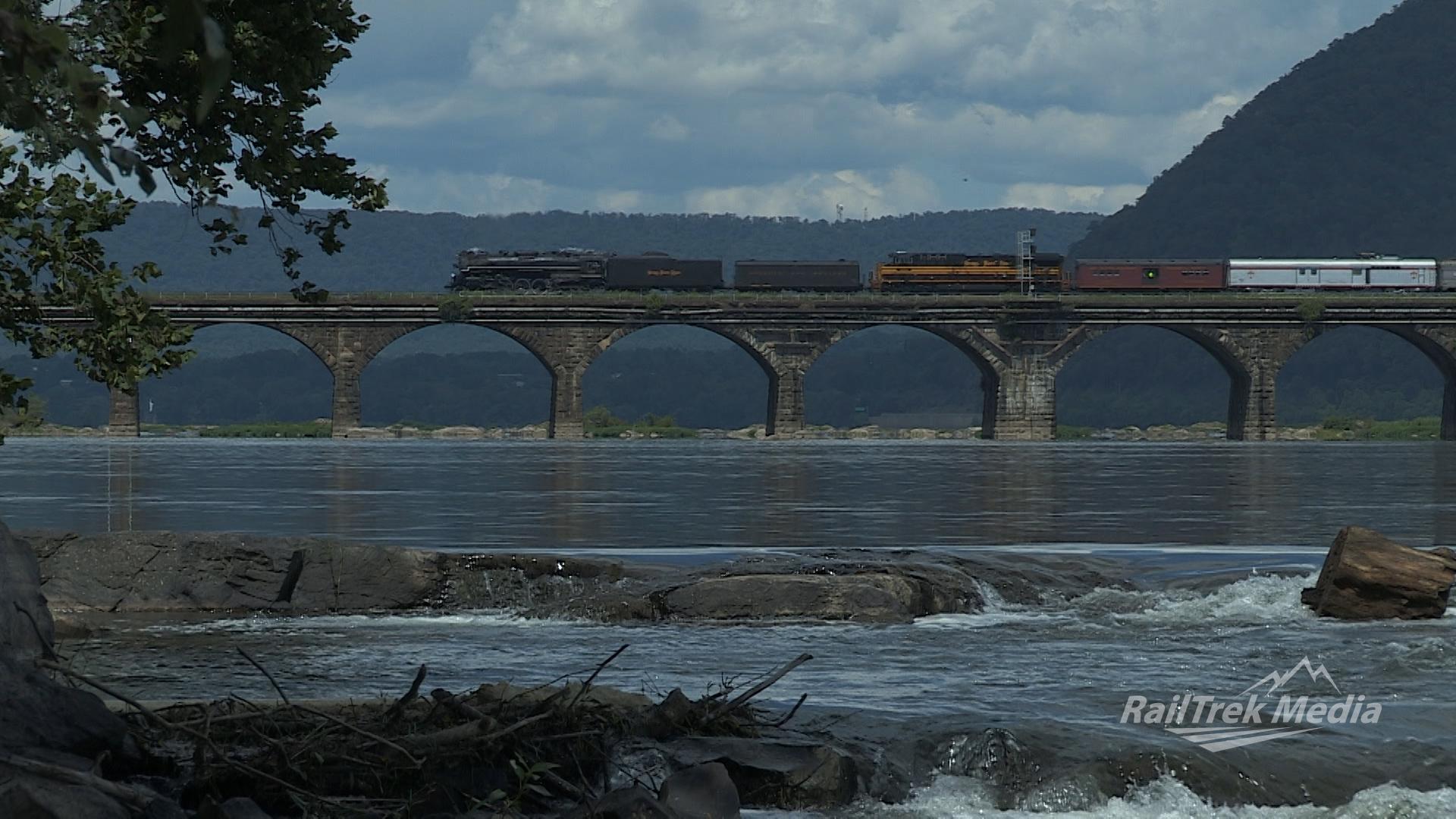 8.18.12 NKP765 Rockville Bridge Rapids.jpg
