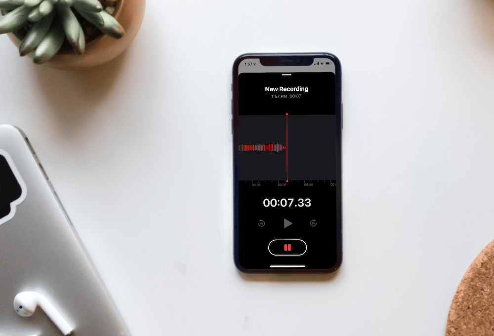how-to-master-the-new-voice-memos-app-in-ios-12.png