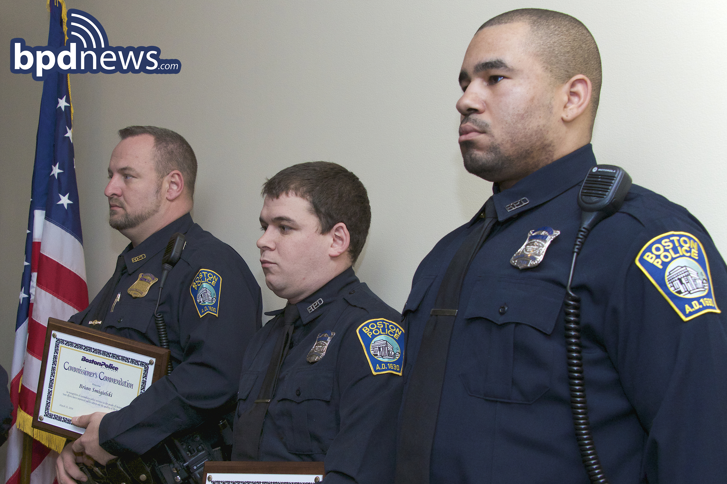 DETECTIVE SMIGIELSKI AND OFFICERS PUOPOLO AND DAVIS RECEIVE COMMISSIONER'S COMMENDATIONS