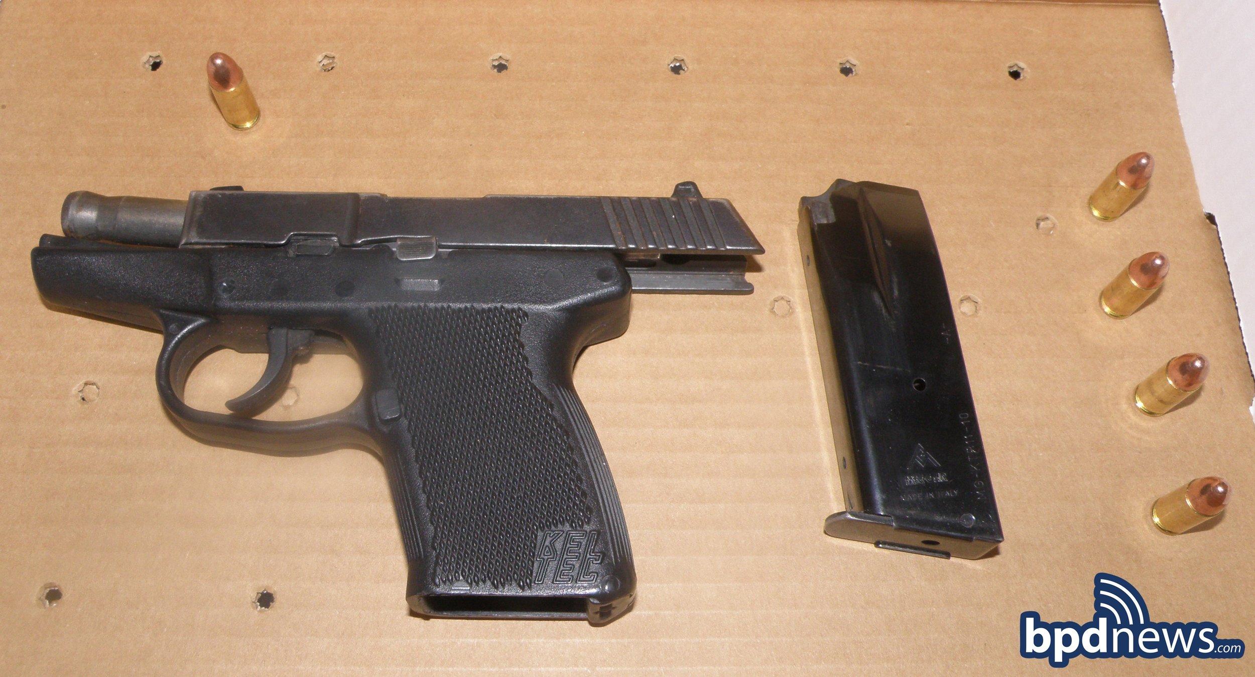 gun2358.jpg