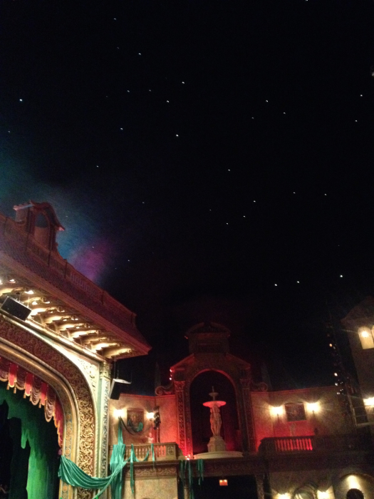 A look at the auditorium at the Rose. They have STARS built into the ceiling!