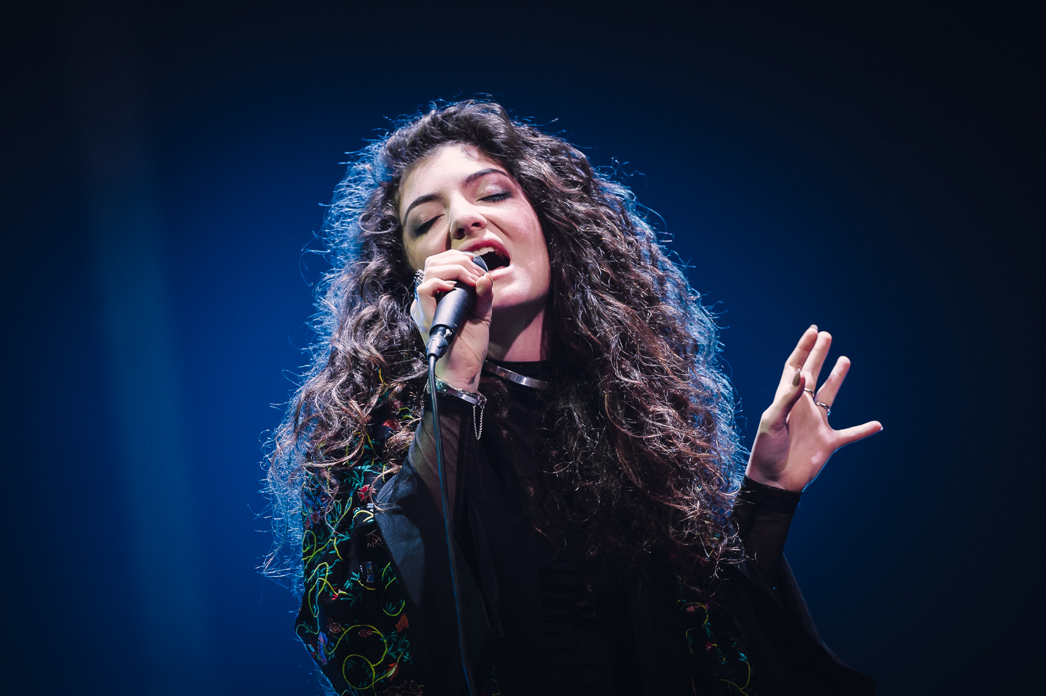 Lorde iHeart Radio_003_photo_©2013 Steve Dykes.jpg