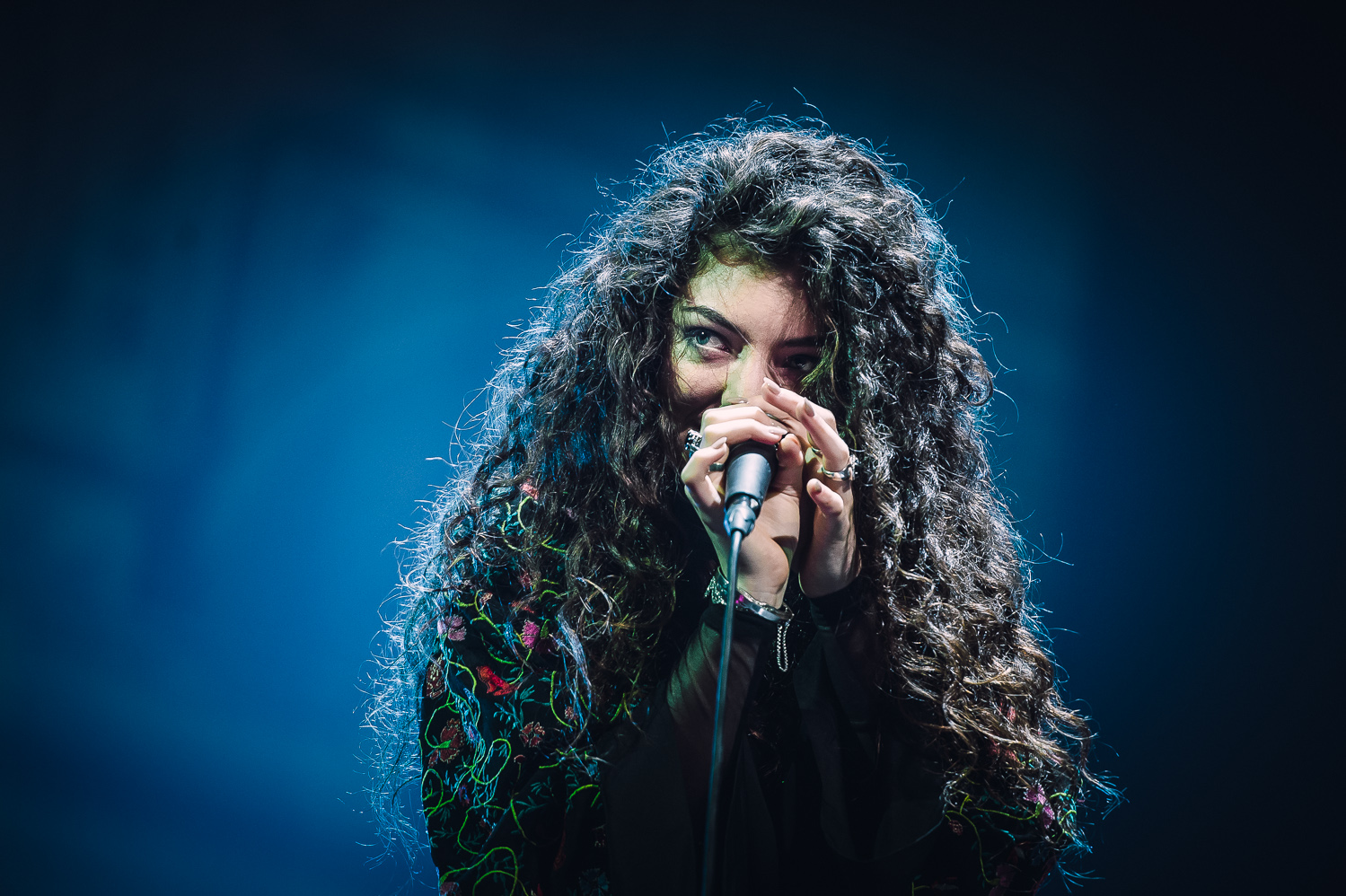 Lorde iHeart Radio_004_photo_©2013 Steve Dykes.jpg