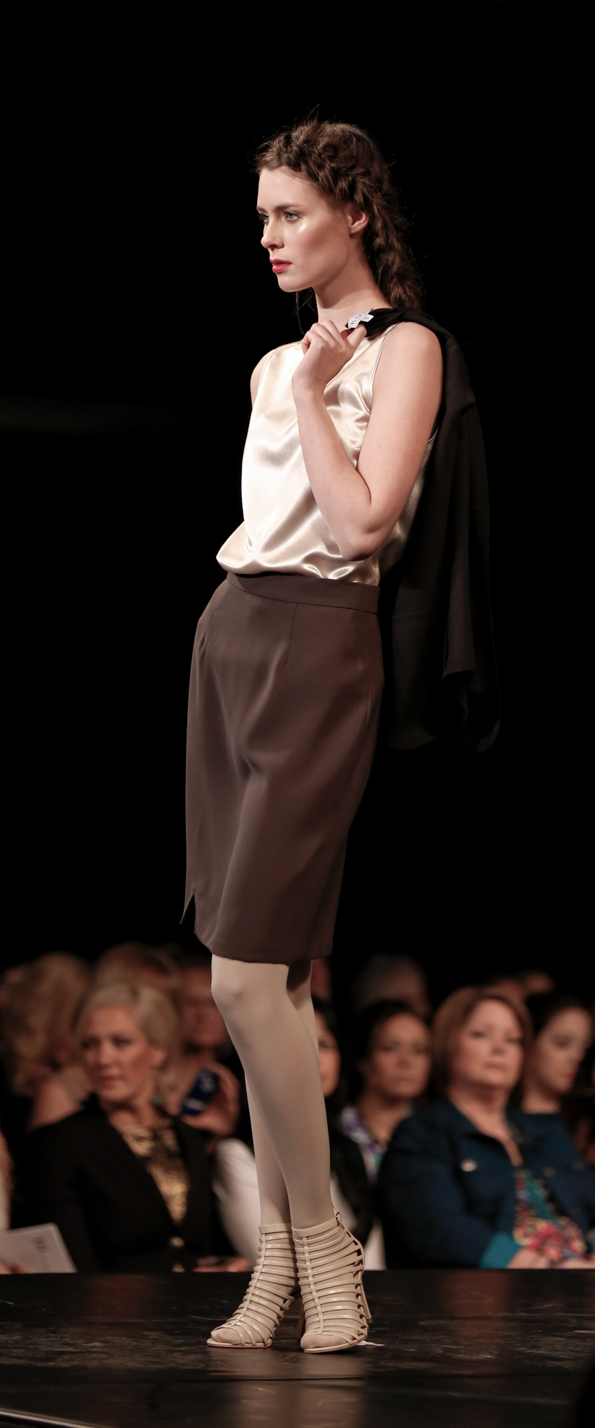 Saskfashionweek_may10-741.jpg