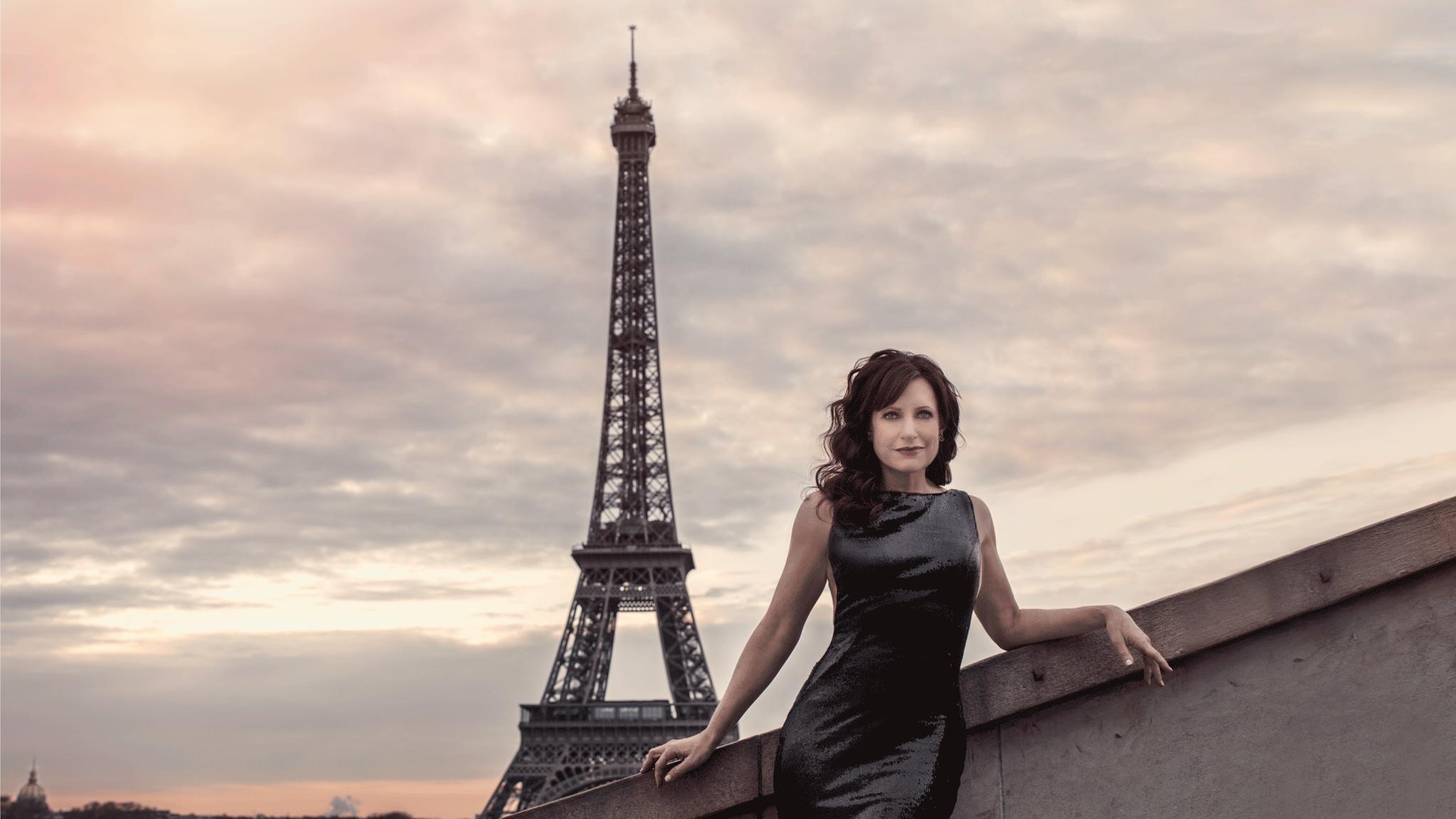 21-Janet-Eiffel.png