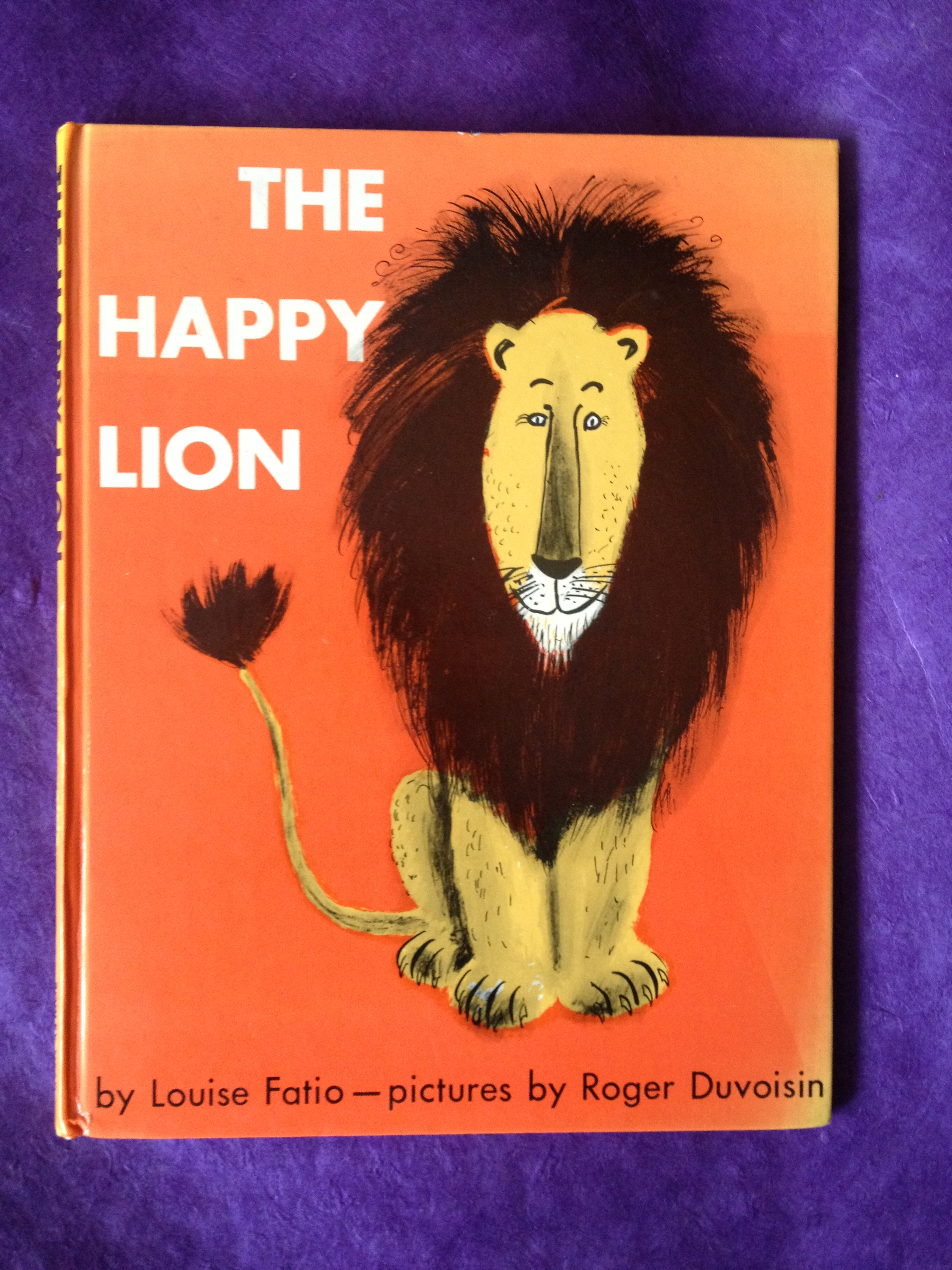 The Happy Lion by Louise Fatio and Roger Duvoisin