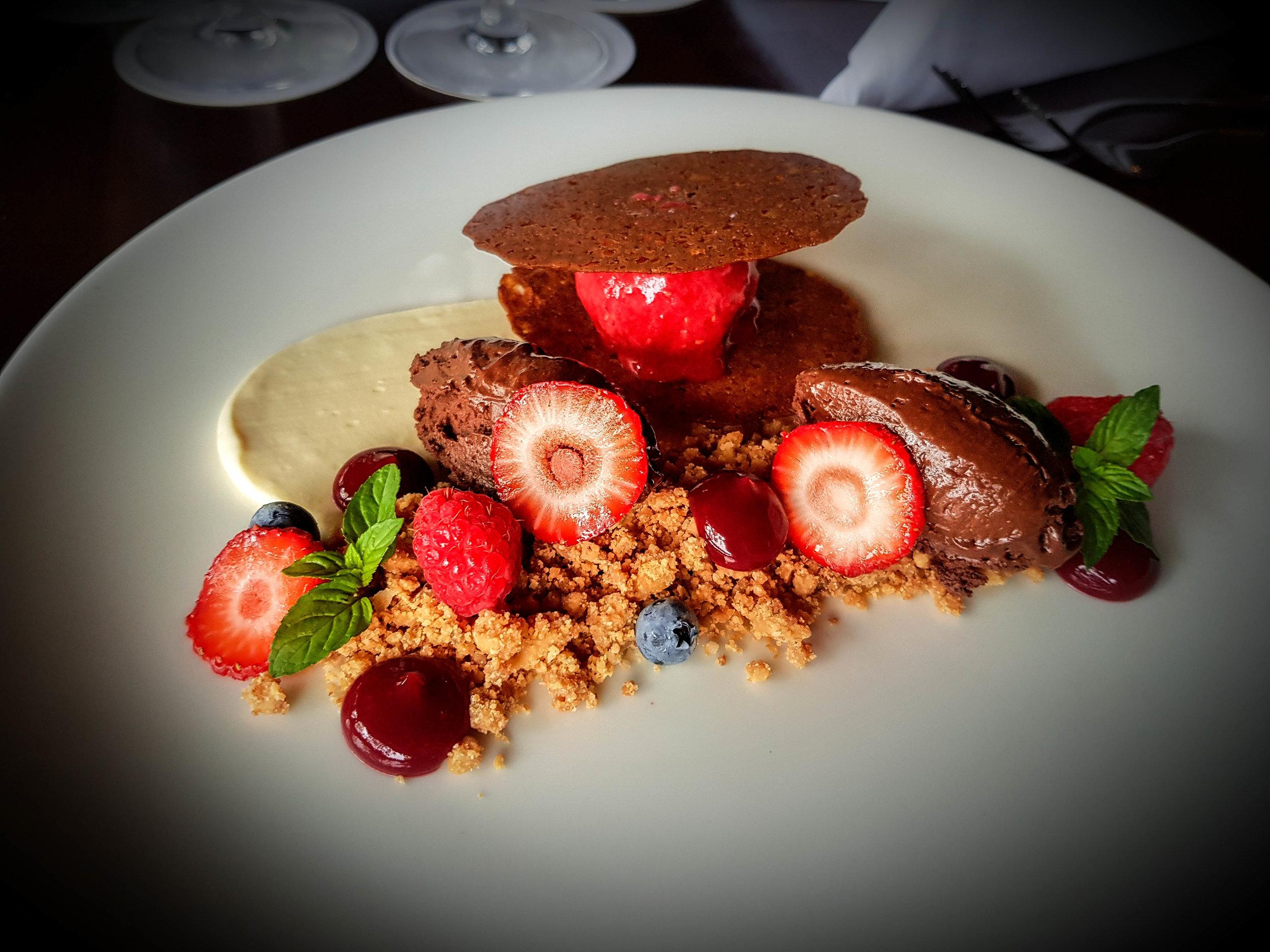 Thala-dessert-chocolate-strawberries.jpg