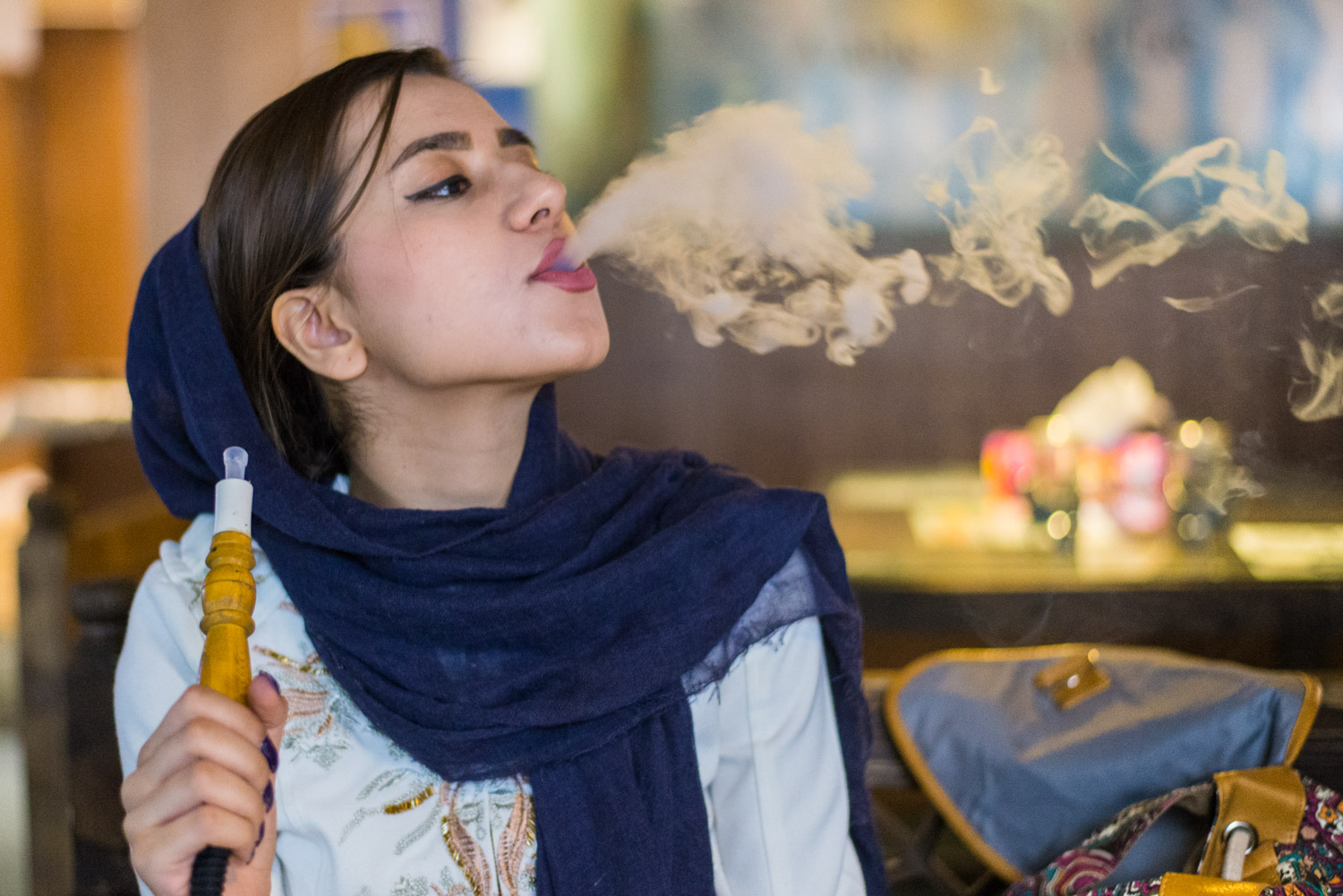 Sheesha smoking is widespread throughout Iran and is finding new popularity among young people. Women frequent coffee shops with friends to smoke, talk and drink tea.
