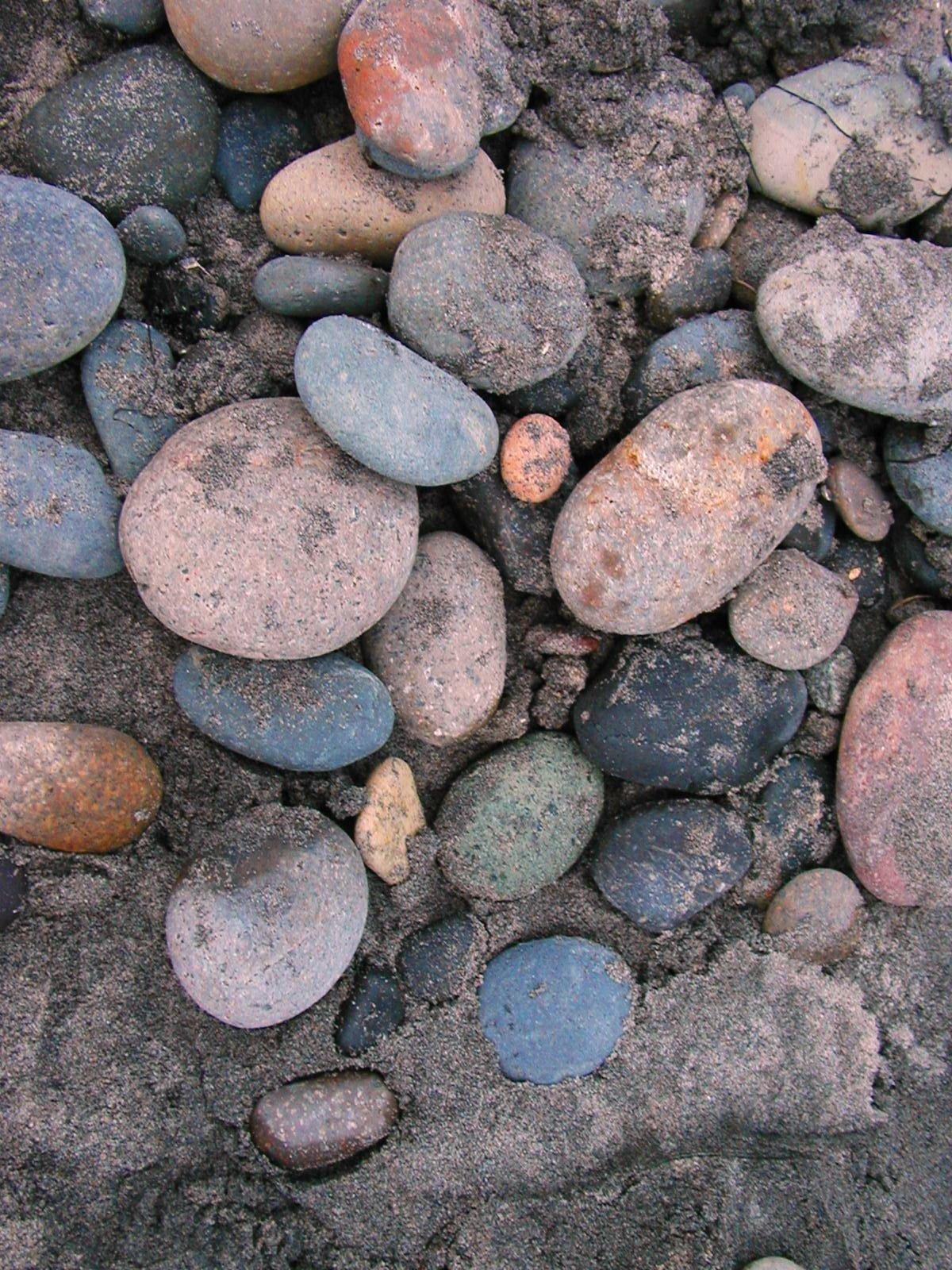 round rocks_2.jpg