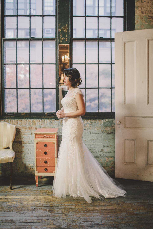 gorgeous bride brooklyn amber gress