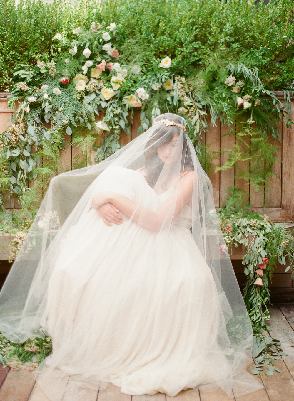 drop veil with gold flower detail hushed commotion