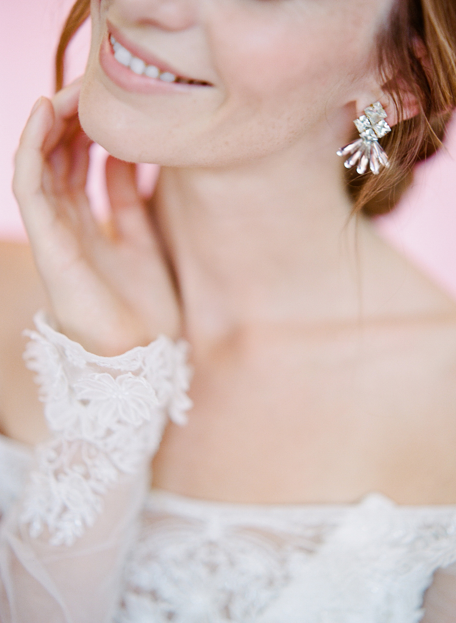 Hushed+Commotion+2018,+Rebecca+Yale,+art+deco+crystal+wedding+earring+detail.jpg