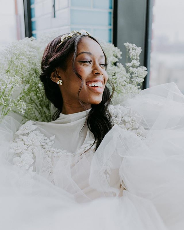 Your smile is your best accessory, but a great pair of earrings certainly doesn't hurt ⠀⠀⠀⠀⠀⠀⠀⠀⠀ ⠀⠀⠀⠀⠀⠀⠀⠀⠀ ⠀⠀⠀⠀⠀⠀⠀⠀⠀ Photography: @ambergressphotography⠀⠀⠀⠀⠀⠀⠀⠀⠀ Hair: @whitneygreenco⠀⠀⠀⠀⠀⠀⠀⠀⠀ Makeup: @nataliabbeauty ⠀⠀⠀⠀ Earrings: Erin by @hushedcommotion⠀⠀⠀⠀⠀⠀⠀⠀⠀ Gowns: @chanamaraelus from @spinabride ⠀⠀⠀⠀⠀⠀⠀⠀⠀ Location: @wburghotel⠀⠀⠀⠀⠀⠀⠀⠀⠀ ⠀⠀⠀⠀⠀⠀⠀⠀⠀ ⠀⠀⠀⠀⠀⠀⠀⠀⠀ ⠀⠀⠀⠀⠀⠀⠀⠀⠀ ⠀⠀⠀⠀⠀⠀⠀⠀⠀ #hushedcommotion #hushedcommotionbride #putabeltonit #weddingplanning #imgettingmarried #engagedaf #wedspo #weddinginspo #weddingideas #weddingaccessories #weddingaccessories #weddingjewelrysets #accessoriesdesign #accessoriesdesigner #weddinggoods #weddingstyle #weddinglook #weddingdesign #weddingjewelery #weddingjewels  #weddingaccessory #bridalstyle #bridetobe #brideandgroom #brideandbride #bridesmaids #brides #spinabride #bride2be #bridesofinstagram