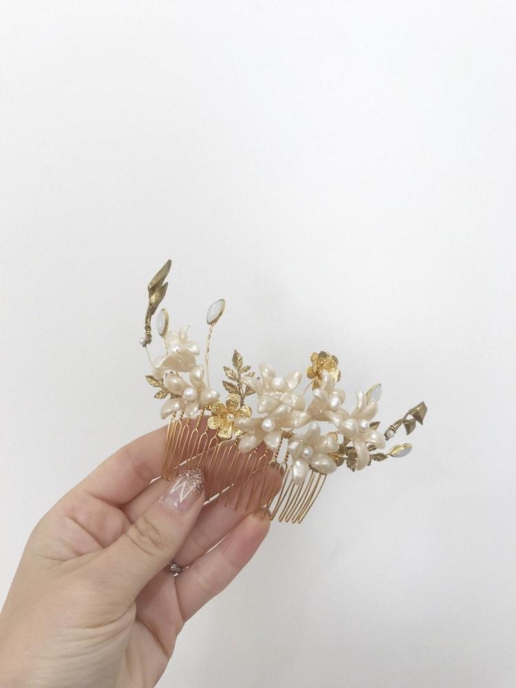 Custom Gold Floral Hair Comb