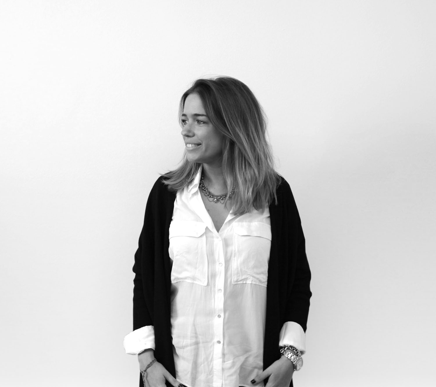 Alejandra Iglesias. Growth Manager & Comms.