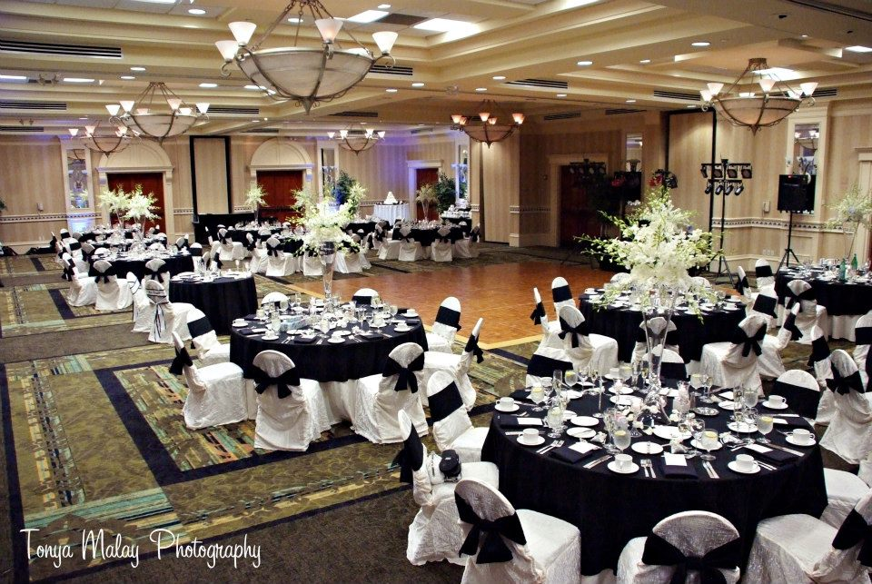 Wedding at the Hilton Naples in the Royal Palm Ballroom; photo by Tonya Malay Photography.