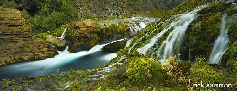 Iceland. Canon 5D Mark III, Canon 17-40mm lens. Shutter speed: 2.5 seconds.