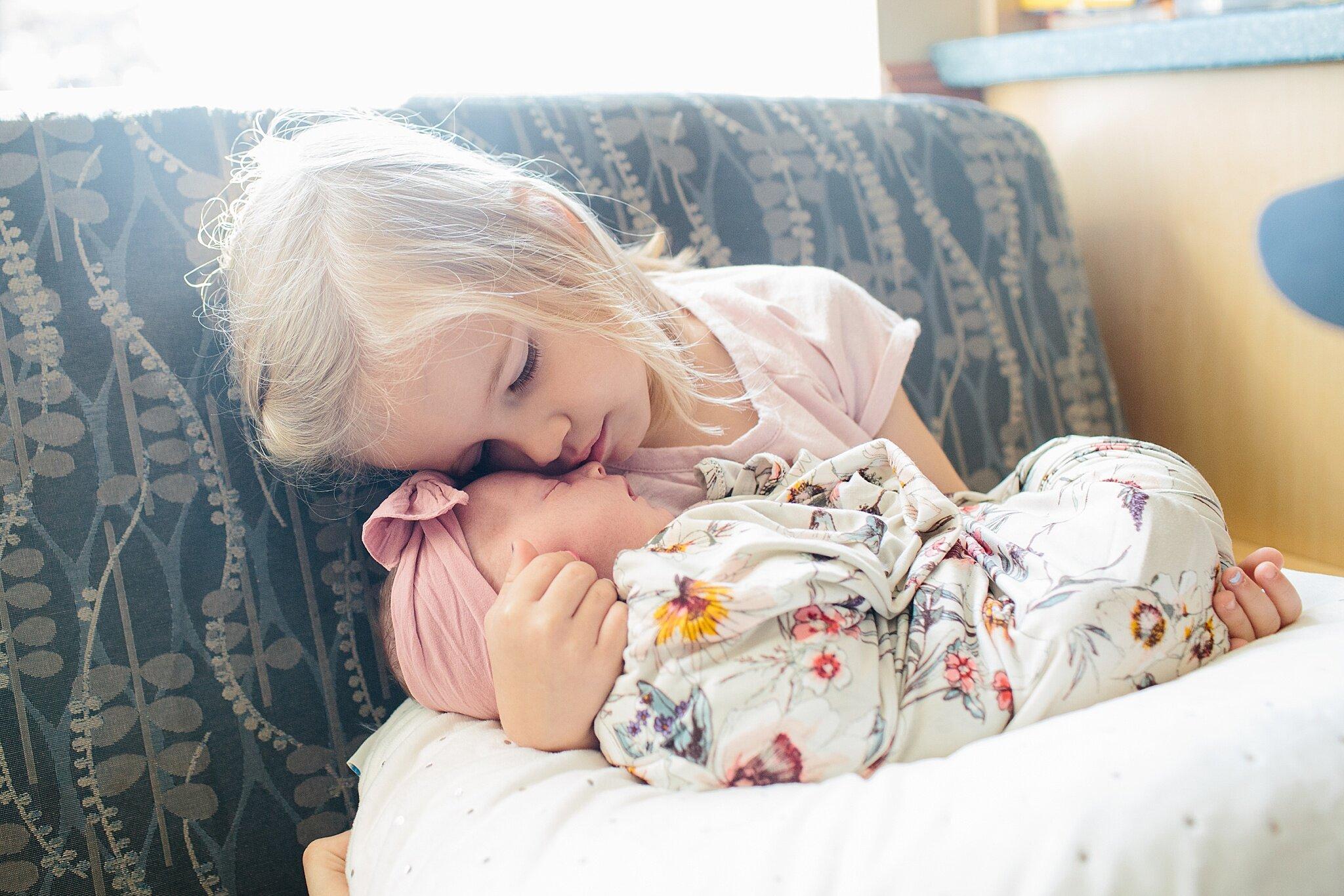 KellyLappPhotography_lancasterpa_newbornphotographer_fresh48session_10.JPG