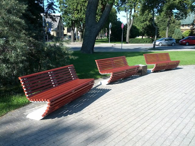Bench<sup><small><small>&reg;</sup></small></small>