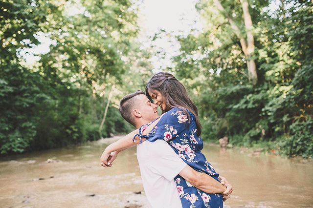 Editing life... nothing more satisfying than posting a new blog post!! 👇🏻 . http://www.alyssaalkemablog.com/journal/2019/10/3/raquel-john-a-summer-engagement-session-in-a-river . . . .  #summer #summerlove #summerphotos #summerwedding #summerengagementphotos #waterfall #waterfallengagement #waterfallengagementphotos #hamiltonengagement #burlingtonengagement #ancasterphotographer #torontoON #torontoengagement #torontoweddingphotos #towedding  #ancasterweddingphotos  #engaged #authenticlove #hamon #hamiltonphoto #burlingtonphotographer #hamiltonweddingphotography #hamiltonwedding #hamiltonweddingphotos #alyssaalkemaphotography  #torontolifestyle #hamiltonphotographer