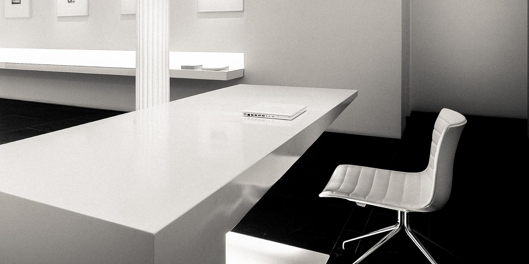 office_bw-4.jpg