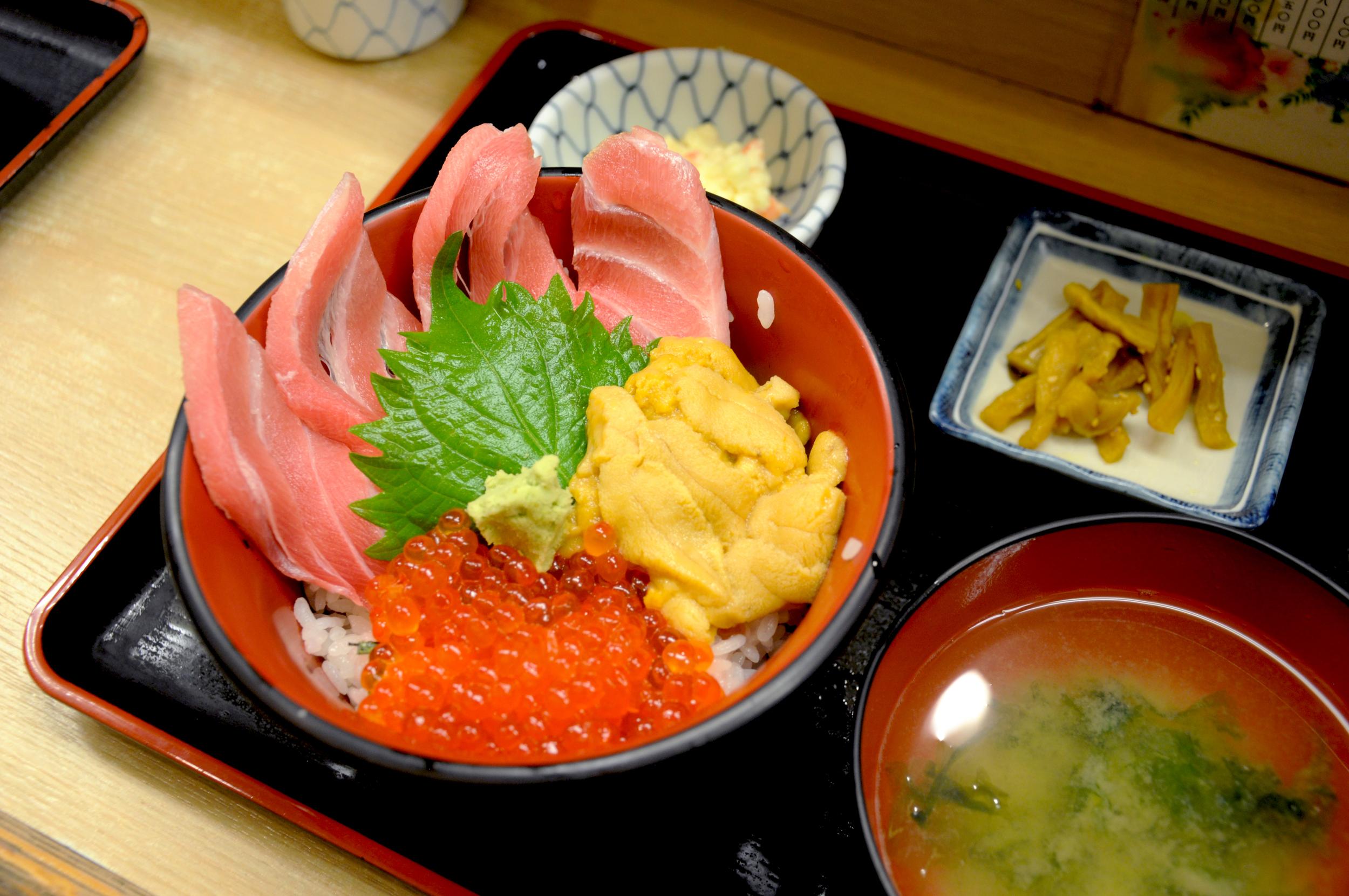 Chirashi  at Tsukiji Market