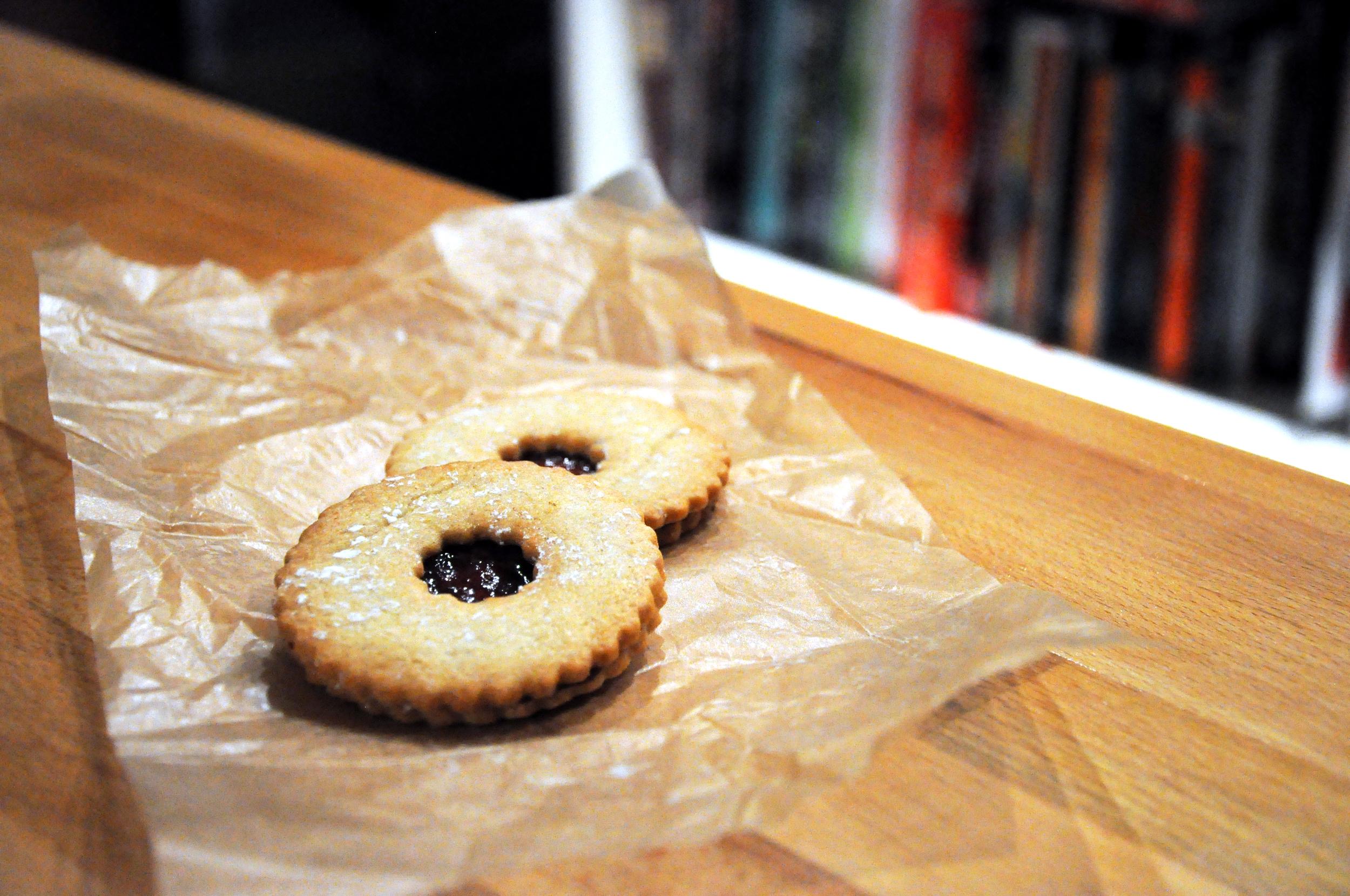 Linzer cookies at Dujour Bakery