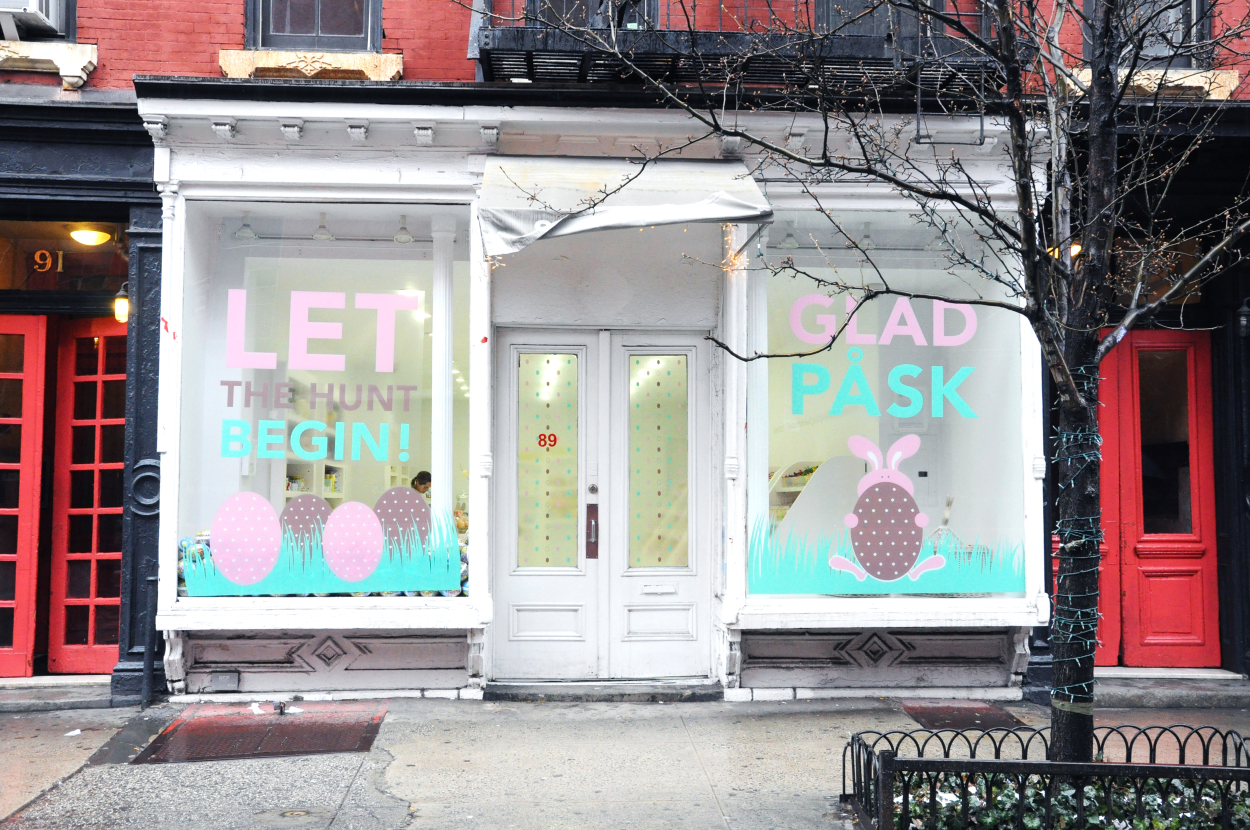 Sockerbit's storefront all decked out for Easter