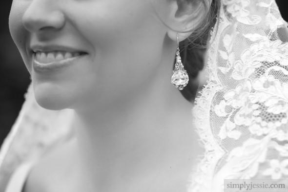 B&W Chicago Bride