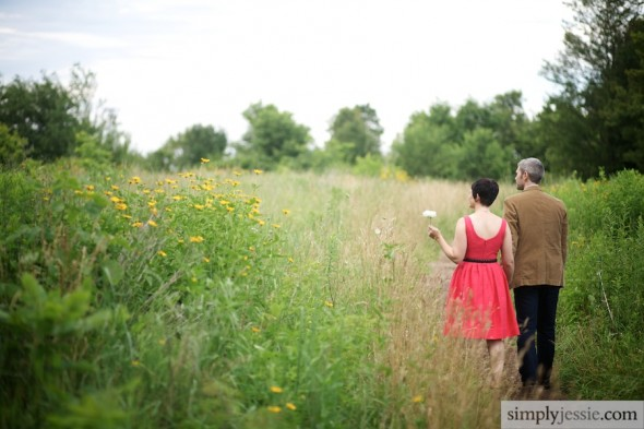 Wildflower midwestern engagement & wedding photography